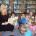 """Imprezy cykliczne organizowane w ciągu roku: 1. """"Sezamkowy zakątek"""" – cykl spotkań literacko-plastycznych tematycznie związanych z porą roku, rocznicami i świętami okolicznościowymi. Zabawy literackie na podstawie wybranych utworów oraz pouczające […]"""