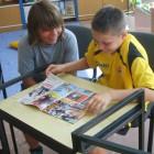 Podczas wakacji dużym zainteresowaniem cieszyły się gry planszowe i Czytelnia Internetowa. Dzieci i młodzież oprócz informacji mogły skorzystać z różnych portali internetowych i gier edukacyjnych. W lipcu w grach planszowych […]