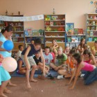 31.07.2009 w filii dziecięcej przy ul. Sokolej 38 odbyło się spotkanie, na którym dzieci śpiewały, tańczyły i brały udział w konkursach muzyczno – plastycznych i sprawnościowych. Przy dźwiękach znanych melodii […]
