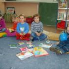 """Dnia 16 maja 2014 roku o godz. 17 w bibliotece przy ul Sokolej 38 dzieci, młodzież, rodzice i krewni spotkali się w Oddziale Dziecięcym na """"Rodzinnym Czytaniu"""", połączonym ze wspólną […]"""