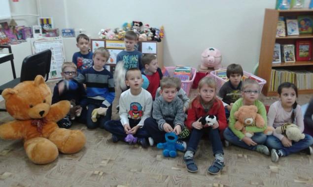 Dzień Pluszowego Misia w Bibliotece Publicznej 25 listopada przypada Międzynarodowy Dzień Pluszowego Misia. Miś jest ulubioną zabawką dzieci na całym świecie i podobnie jak książka pierwszym towarzyszem zabaw i przygód. […]
