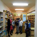 Dnia 9, 12,15, grudnia bibliotekę przy ul. Sezamkowej odwiedzili uczniowie klasy drugiej D, B i C wraz z opiekunami p. Anną Detką , p. Anną Półtorak, p. Anną Domańską oraz […]