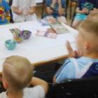 """""""MALI REPORTERZY""""– zajęcia edukacyjne odbywające się w czwartki w bibliotece przy ulicy Sezamkowej 23, zachęcają dzieci do poznania Baśni i legend ziemi świętokrzyskiej. Uczestnicy spotkań prowadzą poszukiwania w bibliotecznej krainie, […]"""