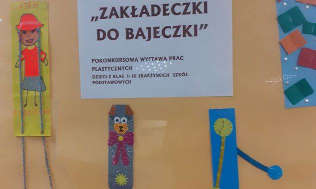 """W Filii nr 2 Biblioteki przy ulicy Sezamkowej zaprezentowano pokonkursową wystawę prac dzieci ze skarżyskich szkół podstawowych, które wzięły udział w konkursie plastycznympt.: """"Zakładeczki do bajeczki"""". Wystawa w holu biblioteki […]"""