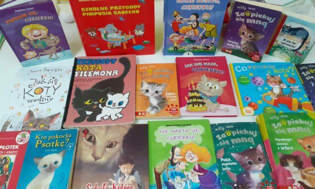 """""""Koci świat"""" zagościł w bibliotece dla dzieci. W dniu 17 lutego obchodzony jest Światowy Dzień Kota. W bibliotece dziecięcej Filii nr 2 przy ulicy Sezamkowej """"Koci świat"""" małym czytelnikom, przybliża […]"""