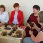 """21 maja odbyło się spotkanie DKK w Skarżysku-Kamiennej, uczestniczyło w nim 8 osób. Na spotkaniu omawiano dwie pozycje, pierwsza z nich to """"Skazani na ciszę"""" Davida Lodge'a. Jej bohater Desmond […]"""