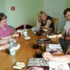 """30 maja odbyło się spotkanie DKK w Skarżysku-Kamiennej, uczestniczyło w nim 8 osób. Omawiano dwie książki, pierwsza to : """"Klan czerwonego sorga"""" Mo Yan, jest to najbardziej znana powieść tego […]"""