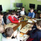 Rozpoczęły się ferie zimowe, a wraz z nimi czas na ciekawe zabawy w bibliotece. 30 stycznia 2017 r. z naszej oferty skorzystali uczestnicy zimowiska zorganizowanego w Szkole Podstawowej nr 7. […]