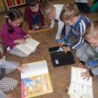 PORANEK Z BAJKĄ – CZYTAMY DZIECIOM W dniach od 3 do 7 kwietnia z okazji Międzynarodowego Dnia Książki dla Dzieci, dzieci z Prywatnego Przedszkola BABY WORLD odwiedziły bibliotekę przy ulicy […]