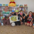 Podczas sierpniowych spotkań w bibliotece przy ulicy Sezamkowej uczestnicy zabaw z książką pogłębiali swoją wiedzę łącząc zabawę z nauką. Doskonale radzili sobie ze wskazaniem na mapie Polski; Gdzie znajduje się […]