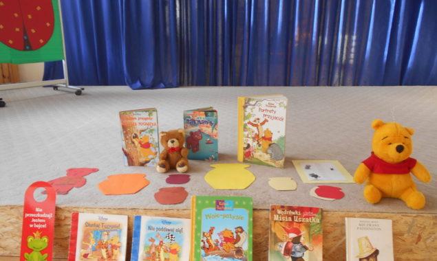Dnia 23 listopada w Przedszkolu Publicznym Nr 10 im Kubusia Puchatka gościły pluszowe i książkowe misie. Pluszowe misie-miękkie, miłe w dotyku, są ulubieńcami wszystkich dzieci Czy można wyobrazić sobie świat […]