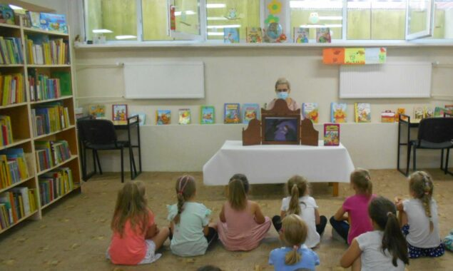 Dnia 28 lipca Oddział dziecięcy biblioteki przy ulicy Sezamkowej odwiedziły dzieci z Przedszkola Nr 16. Maluchy miały okazję zobaczyć na czym polega praca bibliotekarza i jak można korzystać z biblioteki. […]
