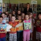 """""""Biblioteka przestrzenią dla kreatywnych"""" – to hasło tegorocznego Tygodnia Bibliotek Publicznych. Z tej okazji filię dla dzieci i młodzieży odwiedzili uczniowie klas II SP 8 wraz z wychowawcami panią Ewą […]"""