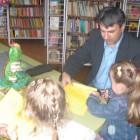 """22 maja w bibliotece dla dzieci przy ul. Towarowej 20 spotkali się sympatycy zielonego żółwika Franklina. Dzieci wysłuchały opowiadania przeczytanego przez bibliotekarza pt. """"Franklin mówi KOCHAM CIĘ"""", w którym Franklin […]"""
