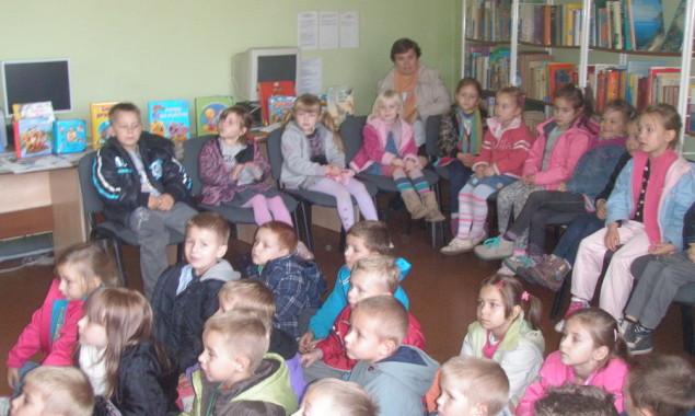 9 października bibliotekę dla dzieci przy ul. Towarowej 20 odwiedziły dzieci z przedszkola nr 1 wraz z wychowawcami panią Małgorzatą Jaworską i panią Beatą Kocia. Przedszkolaki zwiedziły bibliotekę, obejrzały wystawkę […]
