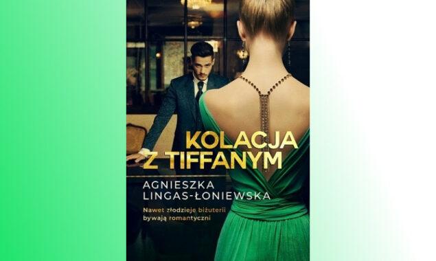 Komedie romantyczne są do bani – twierdzi Natalia Lisek. Może i racja, ale jej życie zaczyna niepokojąco przypominać jedną z nich. Tu niespodzianka goni niespodziankę, a śmiech walczy ze wzruszeniem! […]