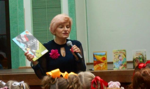 W Dzień Dziecka – 1 czerwca w ramach organizowanych przez BibliotekęSkarżyskich Targów Książki odbyło się spotkanie autorskie z Wiolettą Piasecką – autorką wielu książek dla dzieci, takich jak: Zaczarowane bąbelki, […]
