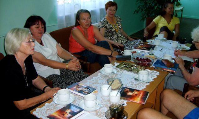 """27 maja odbyło się spotkanie DKK w Skarżysku-kamiennej, uczestniczyło w nim 10 osób. Omawiano książkę """"Cień wiatru"""" , której autorem jest Carlos Ruiz Zafon. Bohaterem powieści jest Daniel Sempere […]"""