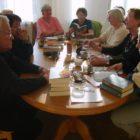 """31 marca 2009 r. odbyło się spotkanie DKK w Skarżysku-Kamiennej, uczestniczyło w nim 11 osób. Na spotkaniu omawiano książkę Michelle Moran """"Nefertiti"""". Książka opowiada historię życia Nefertiti – pięknej królowej […]"""