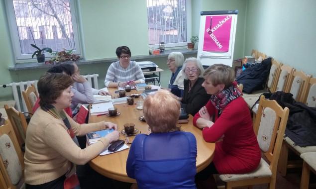 """8 lutego odbyło się spotkanie DKK w Skarżysku-Kamiennej, uczestniczyło w nim 8 osób. Tematem dyskusji były dwie książki, Pierwsza z nich to : """"Jeszcze rok' Sany Krasikov. Jest to zbiór […]"""