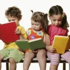 """Imprezy cykliczne: 1. """"Angielski wbibliotece"""" – cykl spotkań multimedialnych (on-line tzw. Fun English) rozwijających znajomość języka angielskiego. Na zajęciach uczestnicy będą rozwiązywać zagadki, tłumaczyć teksty, grać w gry i oglądać […]"""