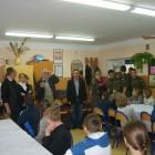 """Podobnie jak w roku 2009 uczestnicy II etapu konkursu""""Ks. prof. Włodzimierz Sedlak – badacz, naukowiec, odkrywca, sercem Skarżyszczanin…"""" w nagrodę pojechali na wycieczkę. Tym razem odwiedzili w Siennie szkołę im […]"""