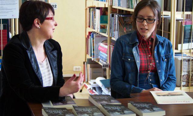 9 maja w Filii nr 1 Powiatowej i Miejskiej Biblioteki Publicznej przy ul. Towarowej odbyło się spotkanie autorskie z Magdaleną Kubasiewicz. Magdalena Kubasiewicz pochodzi ze Skarżyska-Kamiennej, jest absolwentką Gimnazjum nr […]