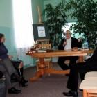 Dnia 25 listopada 2008 w Powiatowej i Miejskiej Bibliotece Publicznej w Skarżysku-Kamiennej odbyło się spotkanie autorskie z Andrzejem Sapkowskim, pisarzem fantasy, autorem zbiorów opowiadań o Wiedźminie, sagi o Wiedźminie oraz […]