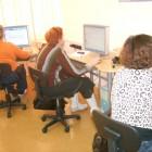 Na kolejnych warsztatach (18-19 i 25-26 listopada 2010) seniorzy z grup początkujących ćwiczyli pisanie na klawiaturze oraz korzystanie z myszki. Zapoznali się z podstawowymi funkcjami edytora tekstu Wordpad oraz ćwiczyli […]