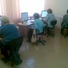 Na kolejnych warsztatach seniorzy ćwiczyli pisanie na klawiaturze oraz korzystanie z myszki. Zapoznali się z podstawowymi funkcjami edytora tekstu Wordpad oraz ćwiczyli poruszanie się w systemie operacyjnym. Natomiast 14 października […]