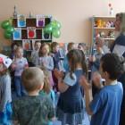 """""""W Zielonej Dolinie""""-12 kwietnia 2011r. odbyło się wiosenne spotkanie z poezją i piosnką w którym uczestniczyły 32 os. Wiele radości sprawiły zagadki słowne o mieszkańcach łąki, wspólne zabawy przy muzyce […]"""